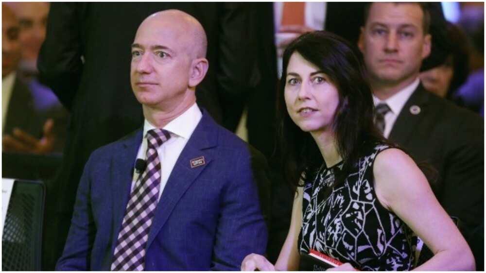 Babban Hasafi: Mai kudin Duniya, Jeff Bezos, ya saki Matarsa