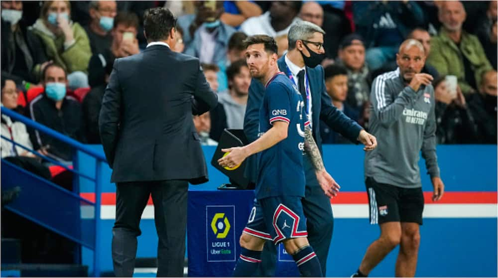 Psg Manager Mauricio Pochettino Reacts After Substituting Lionel Messi in Ligue 1 Tie Against Lyon