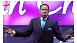 How dare you? - Oyakhilome fumes, tackles FG for limiting duration of services due to COVID-19