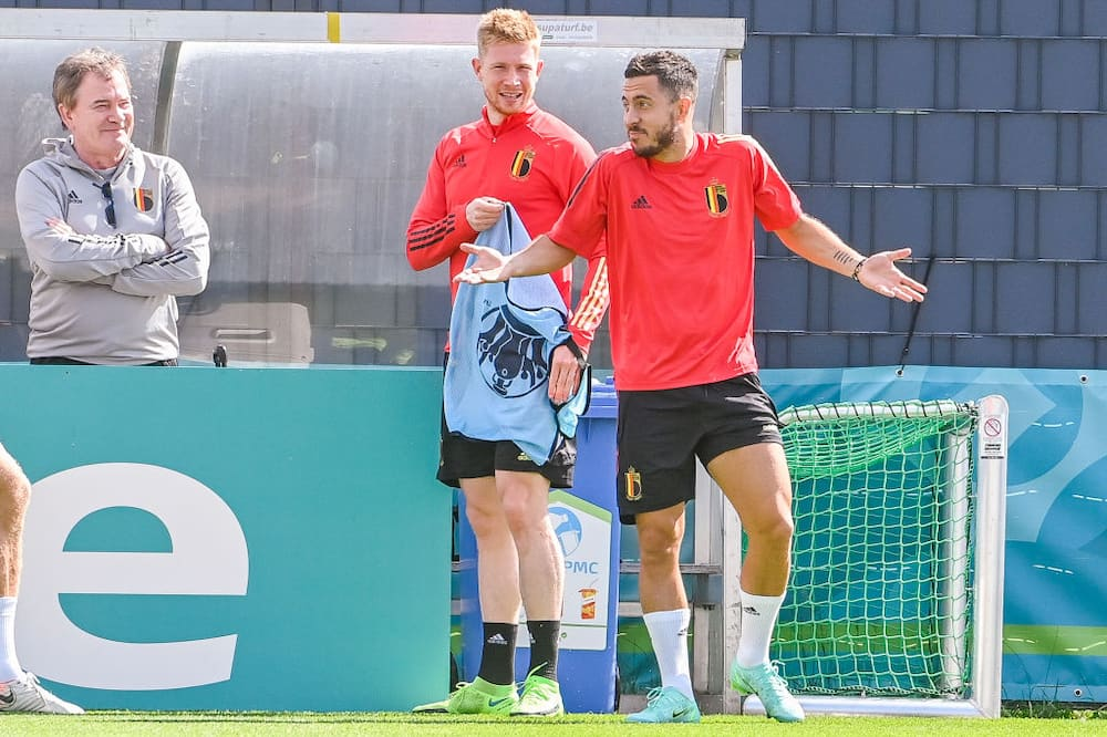 De Bruyne & Hazard likely to miss Belgium's quarter-final clash with Italy, confirms Martinez