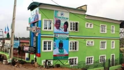 Buhari/Osinbajo campaign office in Ibadan abandoned; lunatics, miscreants reportedly take over