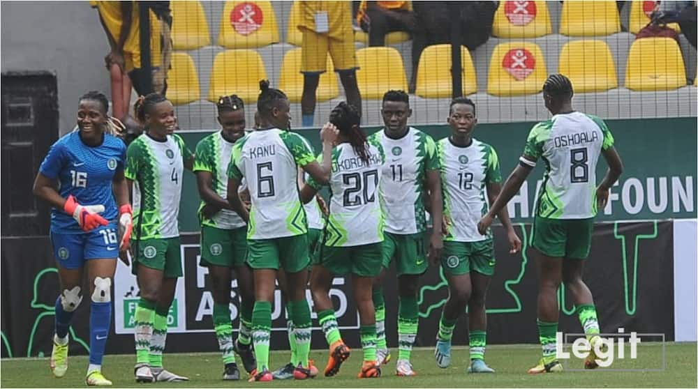 Top Nigerian businessman splashes N20m on Super Falcons 99' squad and current team