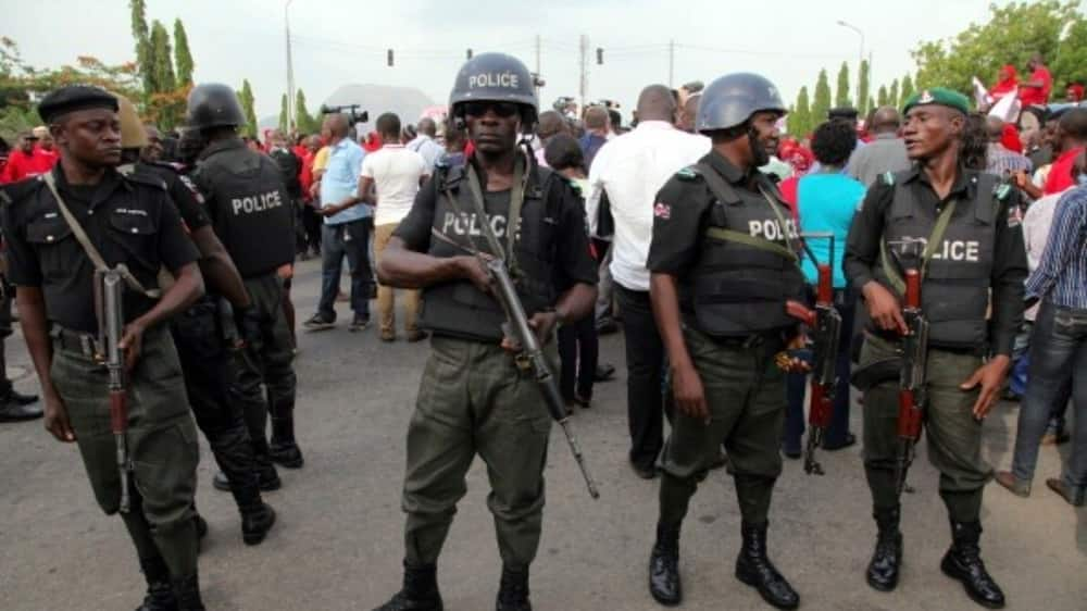 Defection: Police takeover Ebonyi PDP secretariat