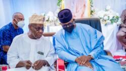 Wata sabuwa: Yadda wani gwamna ya sauya mahaifinsa, ya ce Obasanjo ne mahaifinsa