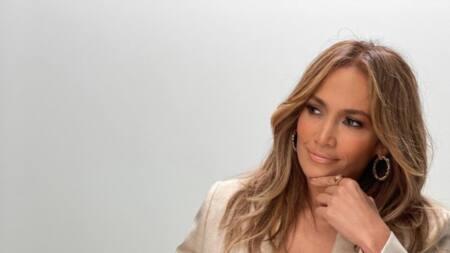 Jennifer Lopez: biographie et filmographie de la superstar
