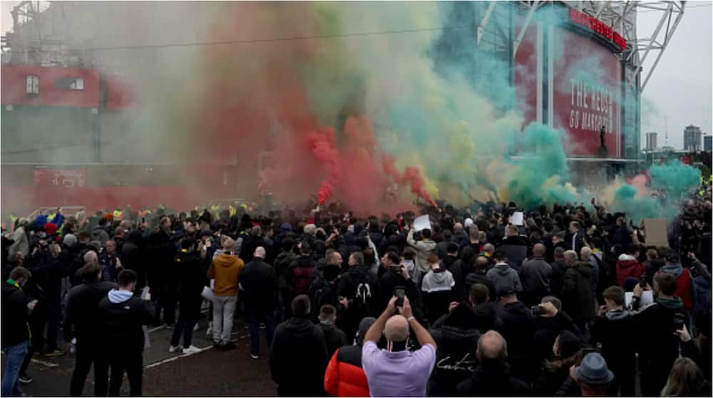 BREAKING: Team Bus Blocked As Angry Man Utd Fans Intensify Anti-glazer Protests at Old Trafford