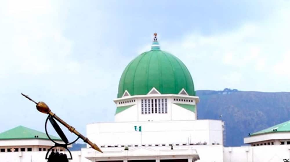 Drama in Abuja as security agents lock National Assembly gates