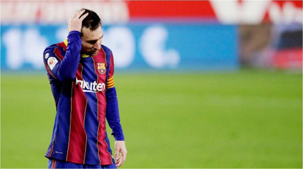 Dolor para Lionel Messi, ya que el Barcelona da prioridad a fichar a un jugador sobre la estancia del argentino en el Camp Nou