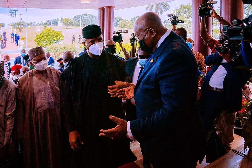 Hotuna: Osinbajo ya wakilci Buhari a taron kungiyar ECOWAS
