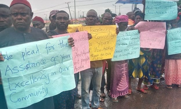 Anambra government House barricaded by protesters over land grabbing
