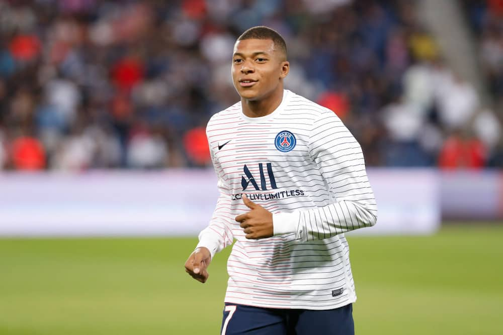 Kylian Mbappe tells PSG he wants to join either United or Liverpool