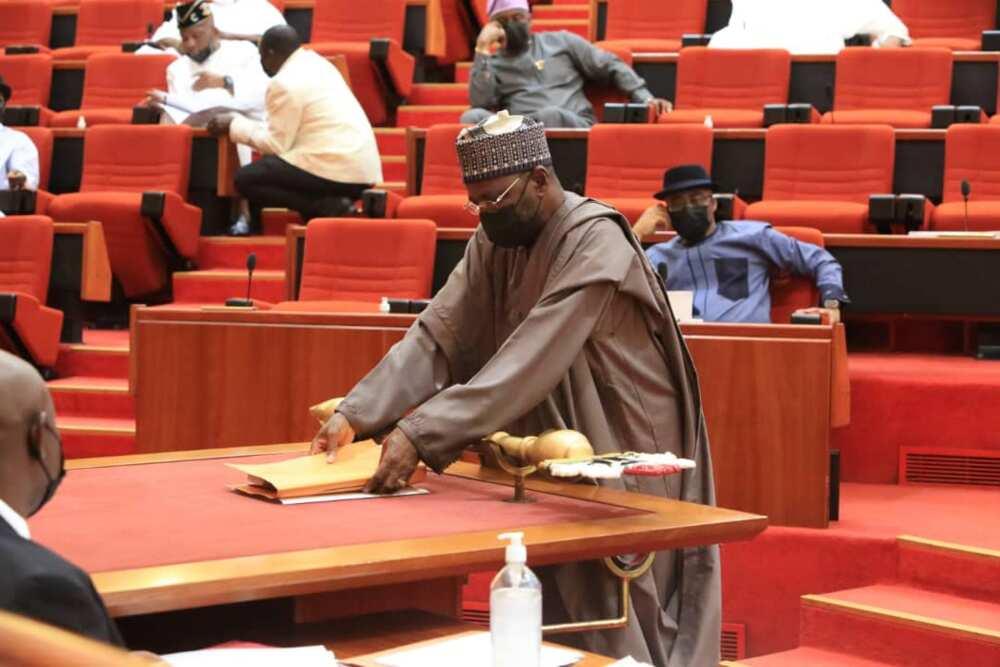 Sunaye: An ambaci Jonathan yayin da majalisa ta gano AGF ya cire N665.8bn ba bisa ka'ida ba