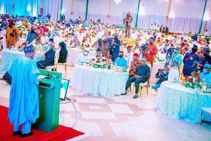 Abin da Buhari ya fadawa 'Yan Majalisa yayin da ya shirya masu liyafa a Aso Villa