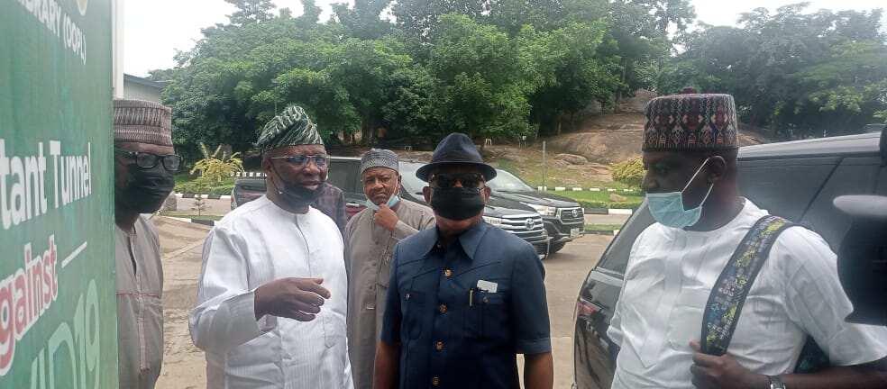 Neman mafita: Secondus ya dira gidan Obasanjo yayin da rikicin PDP ya tsananta
