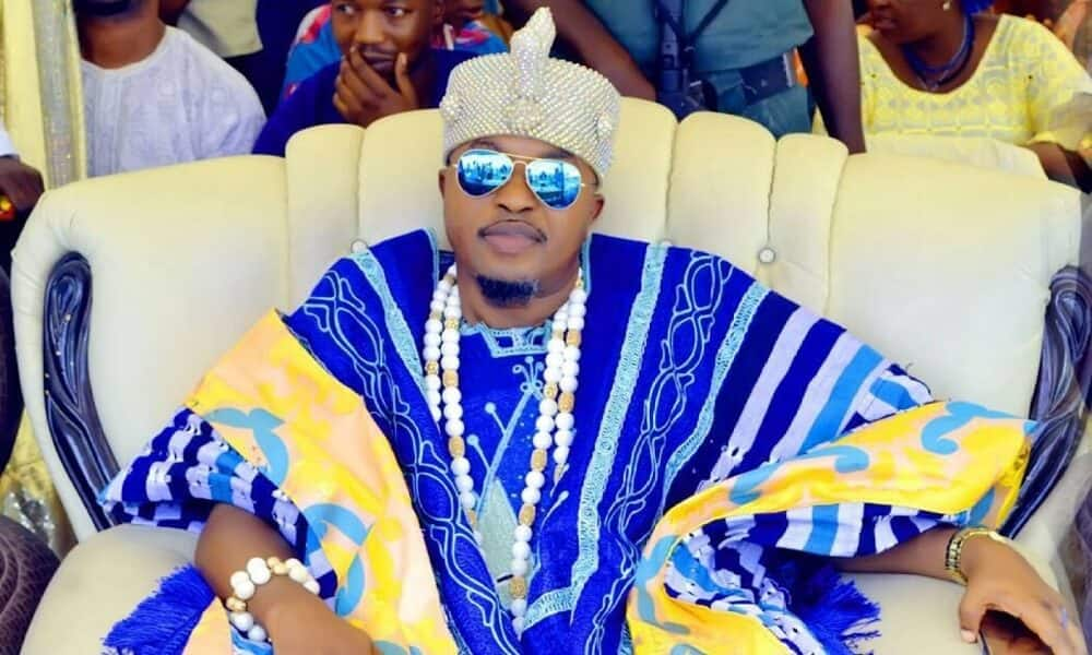 Oluwo urges FG to ban foreign jeans, see what he wants Nigerians to be wearing