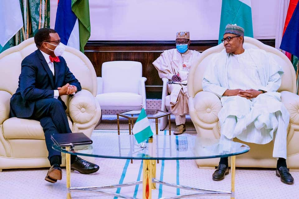 AfDB: I must commend the FG - Obasanjo hails Buhari hours after criticising him
