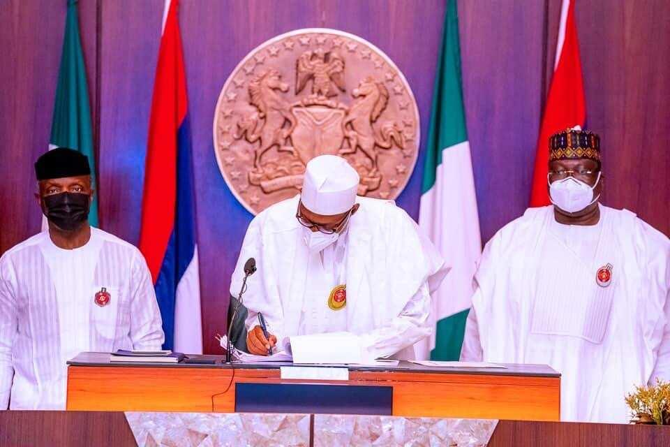 President Buhari signs 2021 budget into law