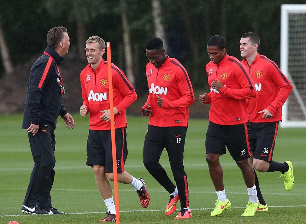Rio Ferdinand criticises Louis Van Gaal for three Man Utd transfer mistakes