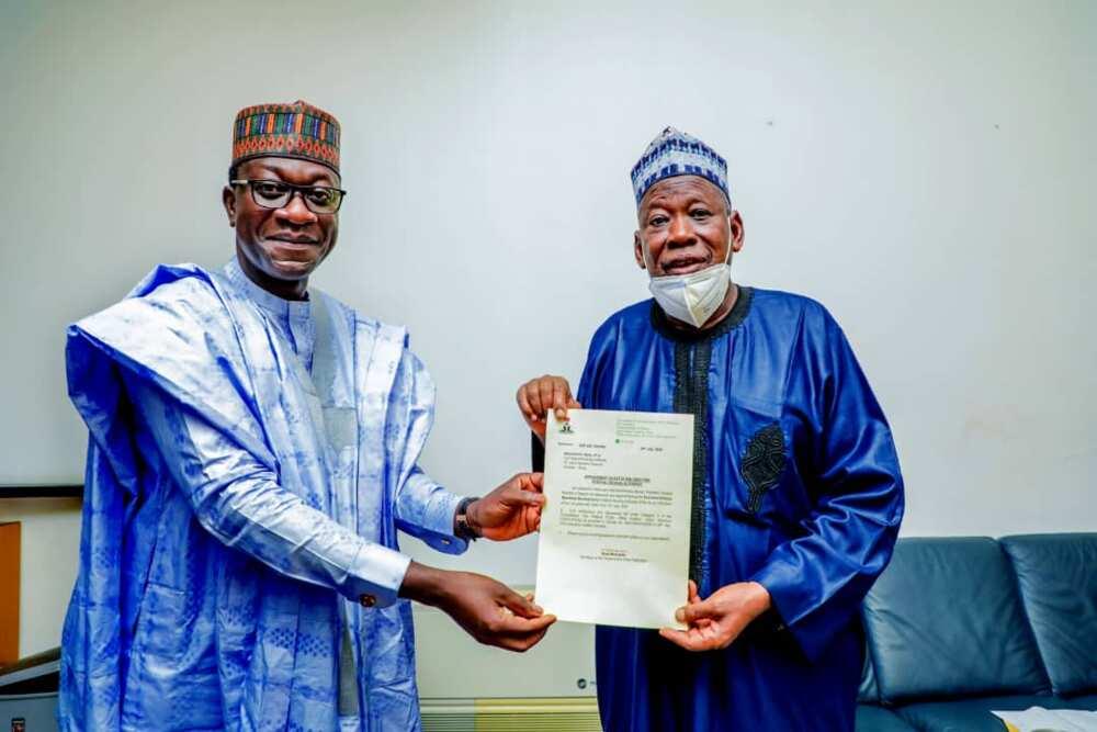 Da duminsa: Shugaba Buhari ya nada AbdulMumini Jibrin wani babban mukami