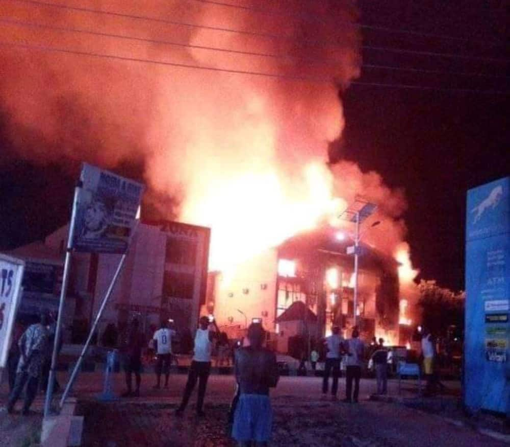 After tanker explosion, fire razes electronics mall in Kogi
