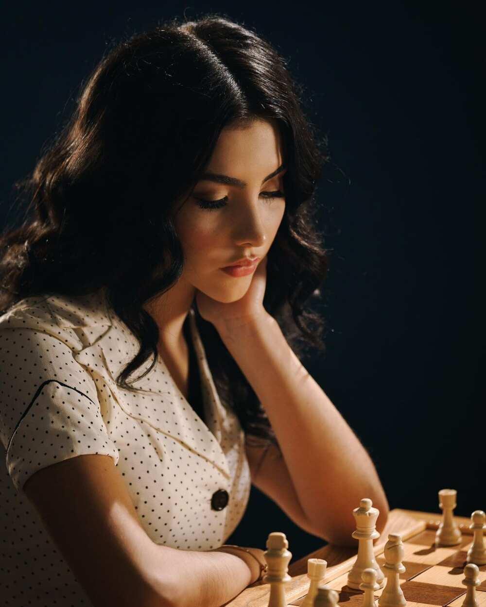 Andrea Botez chess