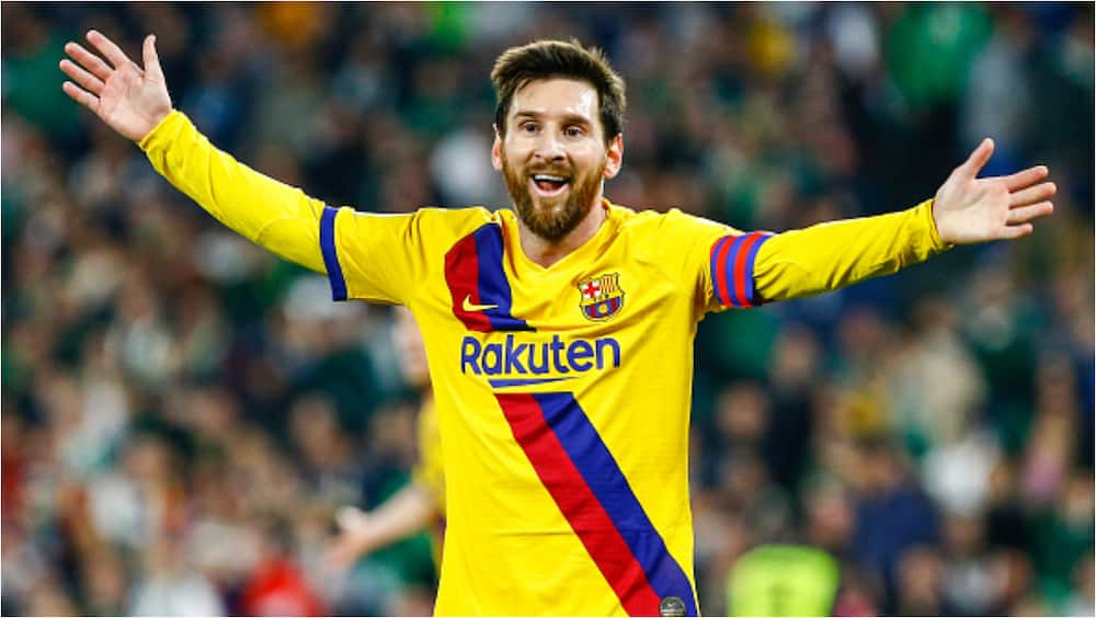 Time running out for Barcelona with 24 hours left for Messi's contract to expire