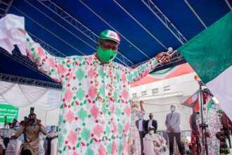 No amount of kneeling will save Ize-Iaymu from defeat - Edo deputy governor mocks Oshiomhole