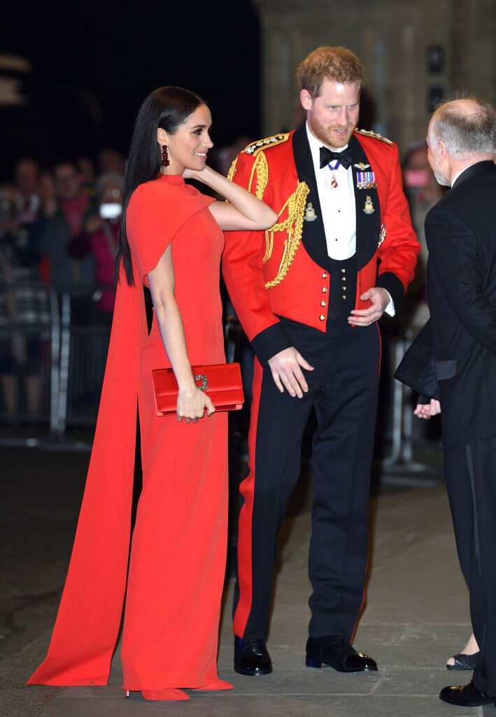Le prince Harry, duc de Sussex et Meghan, duchesse de Sussex assistent au Mountbatten Festival of Music au Royal Albert Hall le 07 mars 2020 à Londres, en Angleterre. (Photo de Karwai Tang/WireImage)