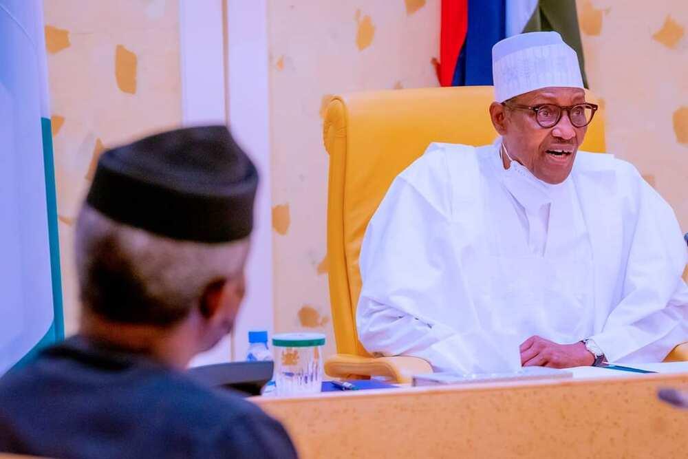 Shugaba Buhari a wurin kaddamarwa