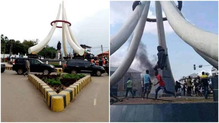 Protesters burn Nnamdi Azikiwe's statue in Anambra, blame him for championing one Nigeria (photo)