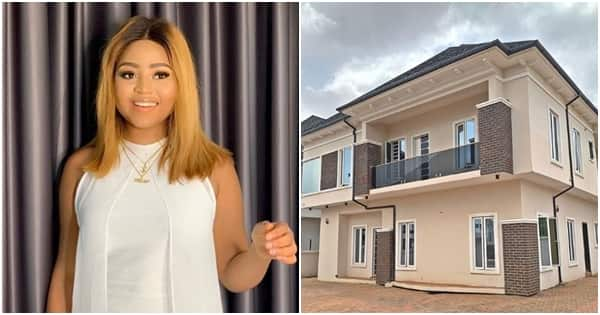 Shortly after buying a car, teenage actress Regina Daniels buys her mama a house