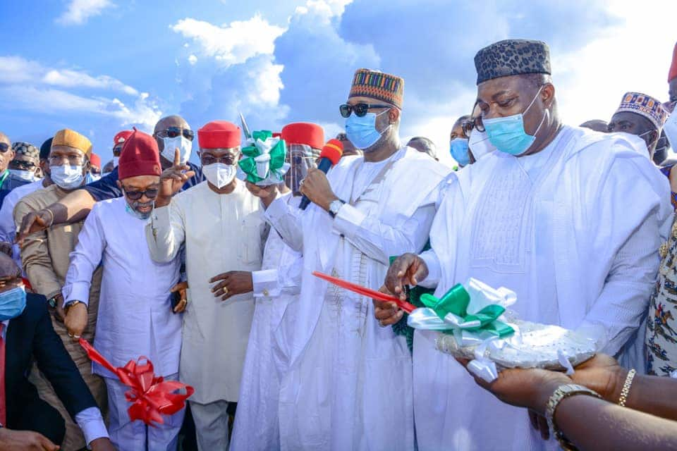 Southeast governors commissioning a project in the region