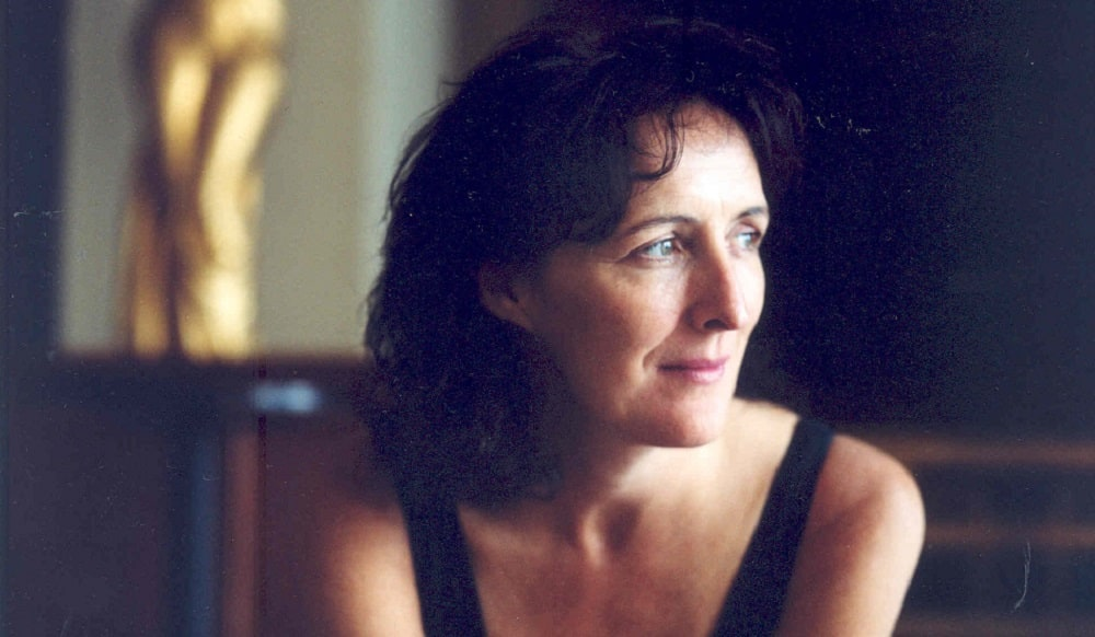 Take a look inside the personal life of Fiona Shaw!