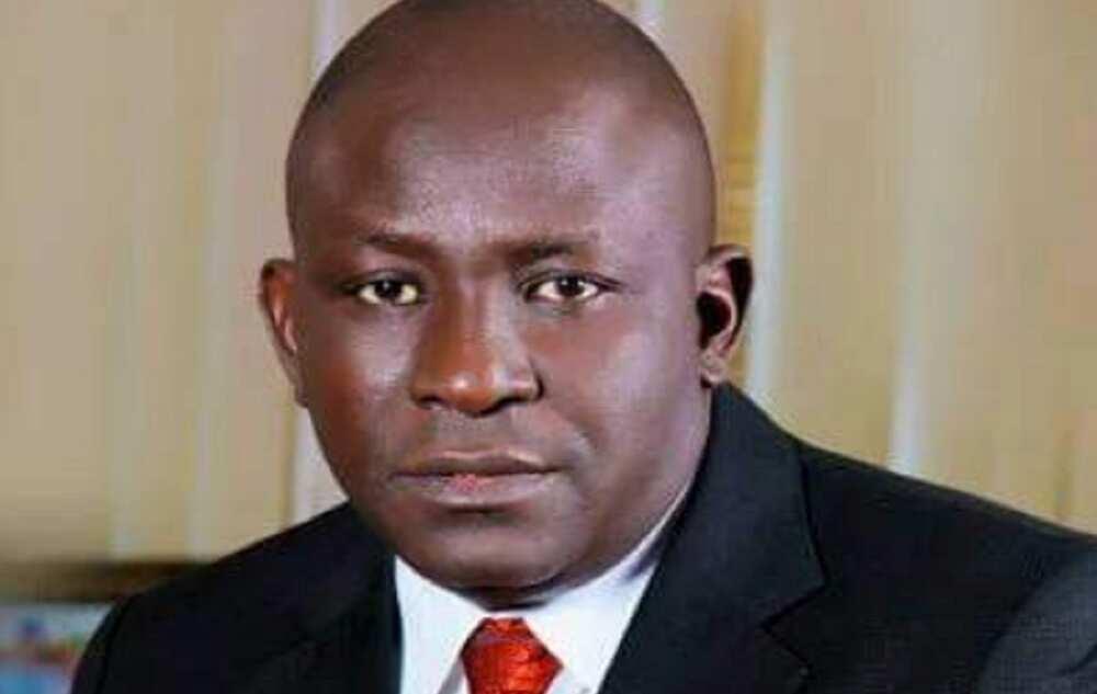 Da Ɗuminsa: ICPC Na Neman Surukin Buhari Ruwa a Jallo Kan 'Damfara' Ta $65m