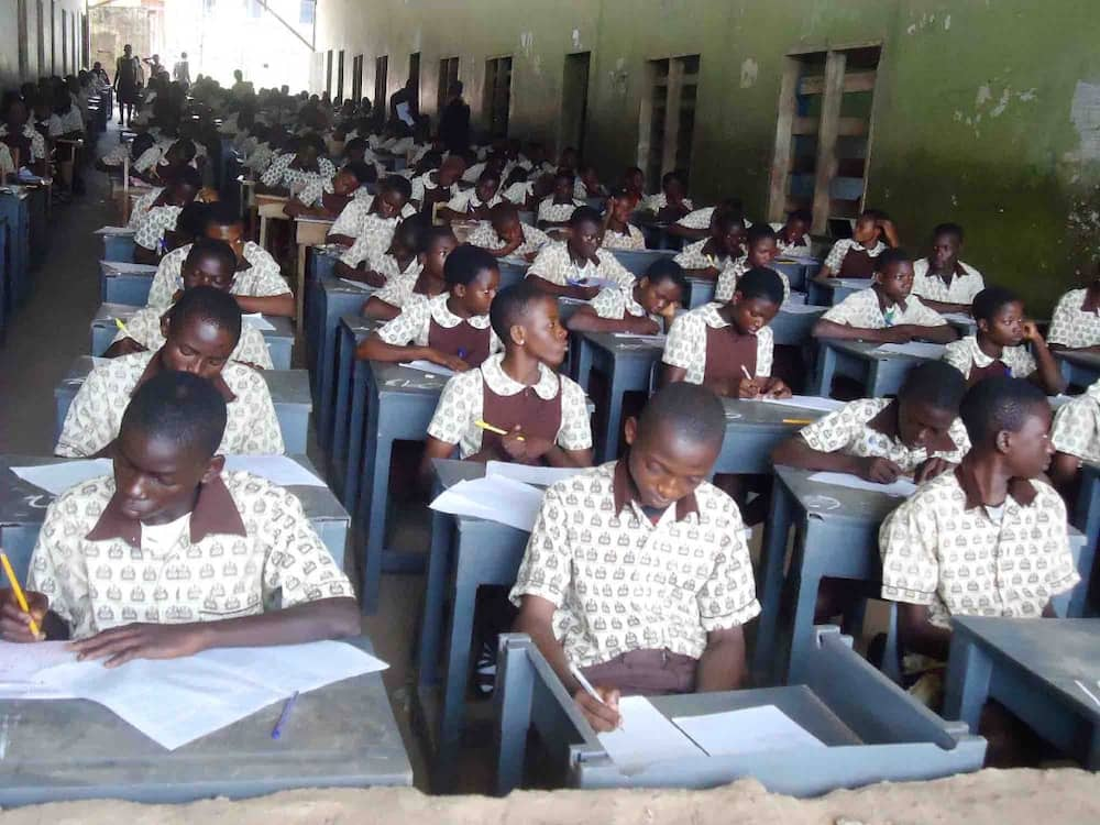 98.9% of Nigerians do not support Oyo state governor's decision to reopen some schools