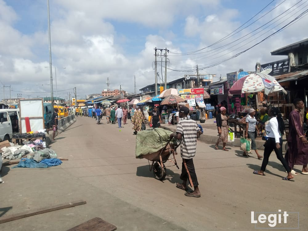 When you are in search of affordable frozen foods in Lagos state, look no further; Ijora market is the best place to visit. Photo credit: Esther Odili