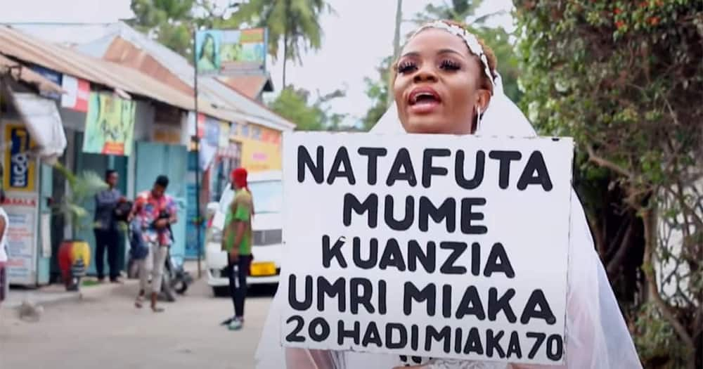 A Tanzanian woman looking for a woman.