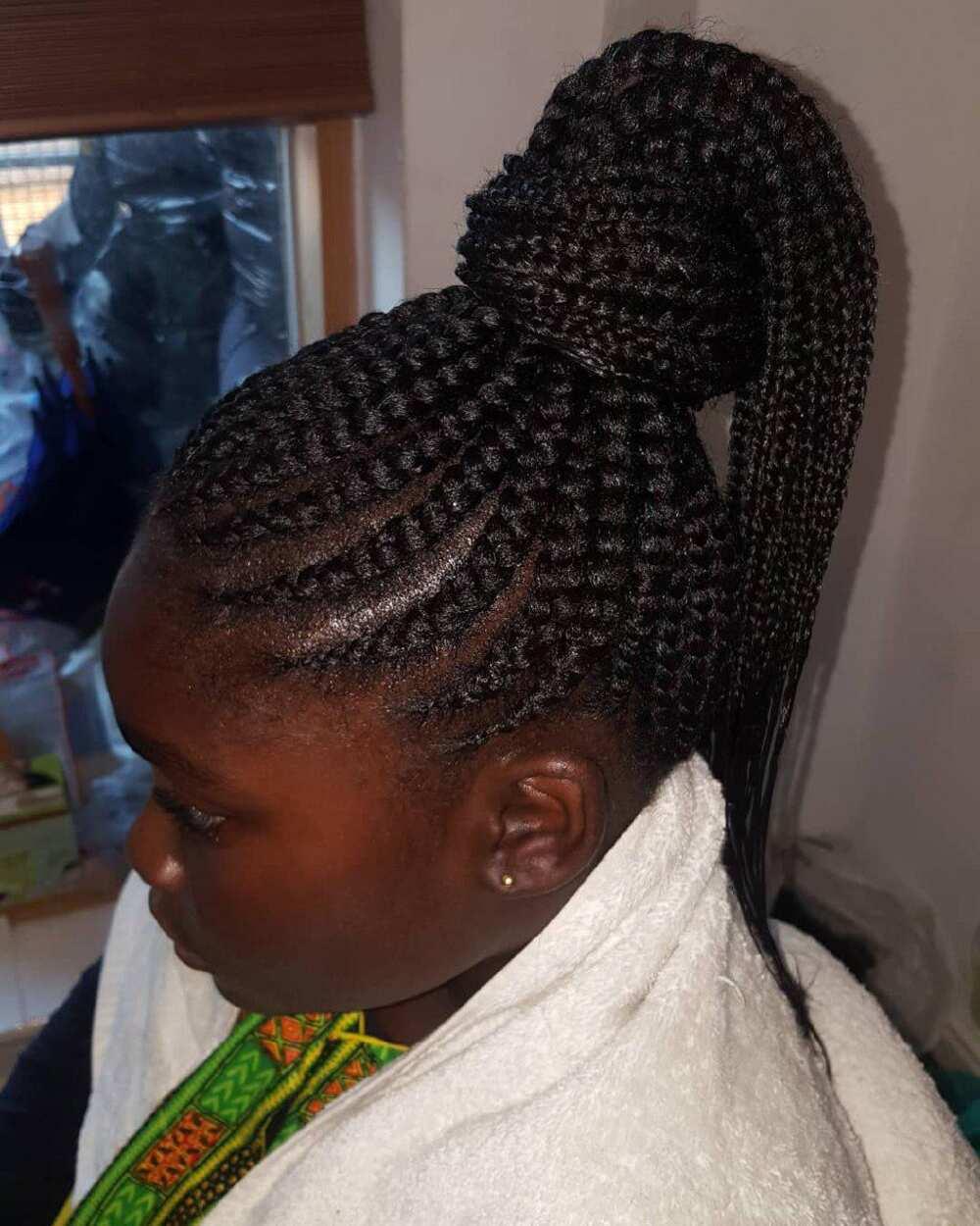 Weaving hairstyles