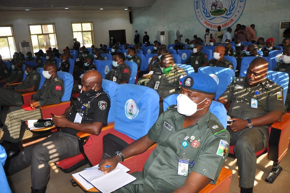 Ex-police boss says policemen have the right to kill in self-defence