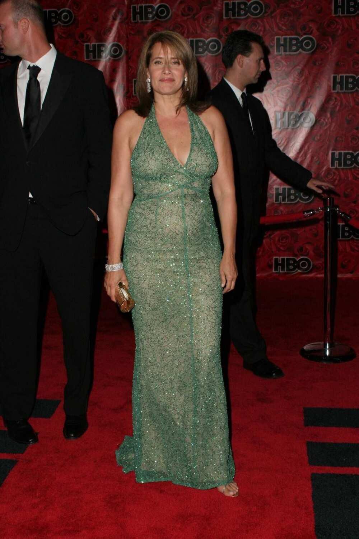 Lorraine Bracco height