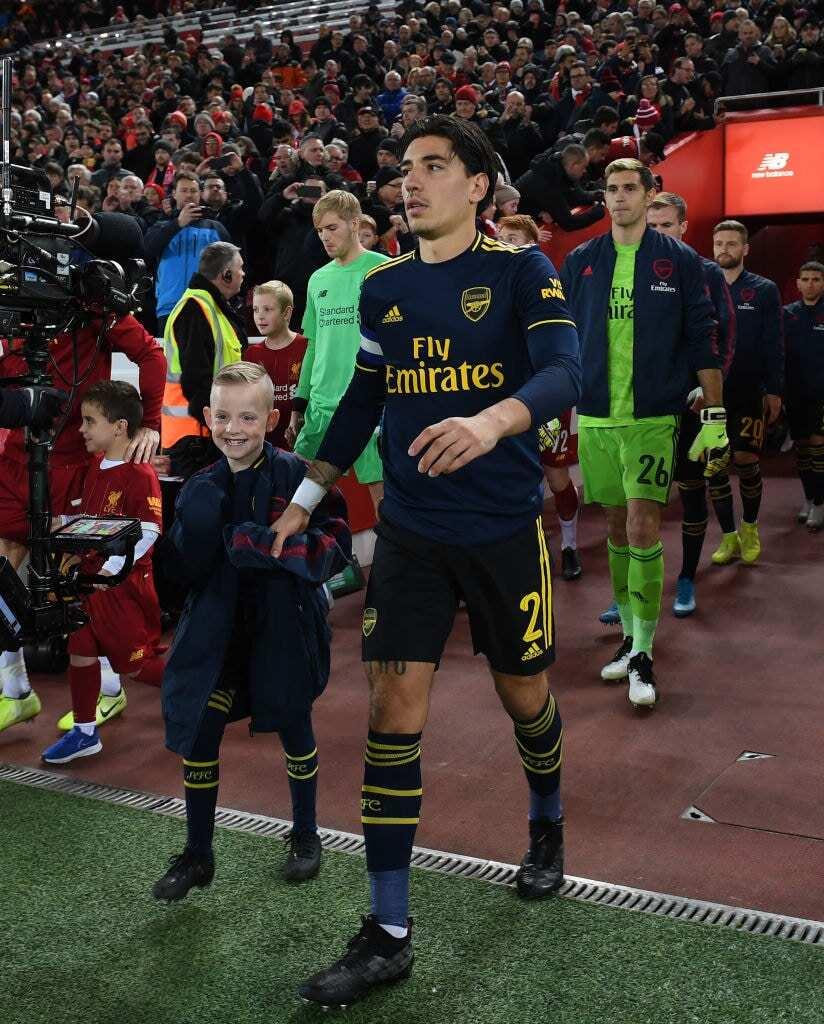 Hector Bellerin: Barcelona plotting surprise move for Arsenal defender this transfer window