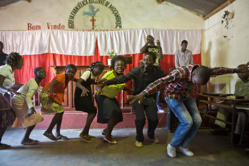 Purpose of youth ministry
