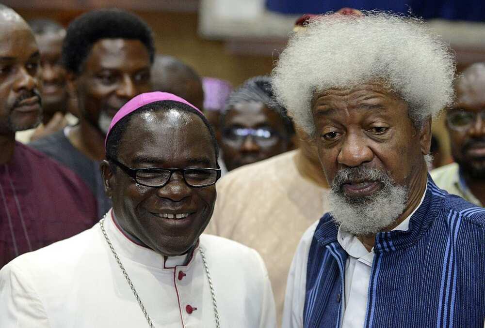 Bishop Kukah ya saki zazzafan sakon bikin Ista, ya sake caccaka Buhari