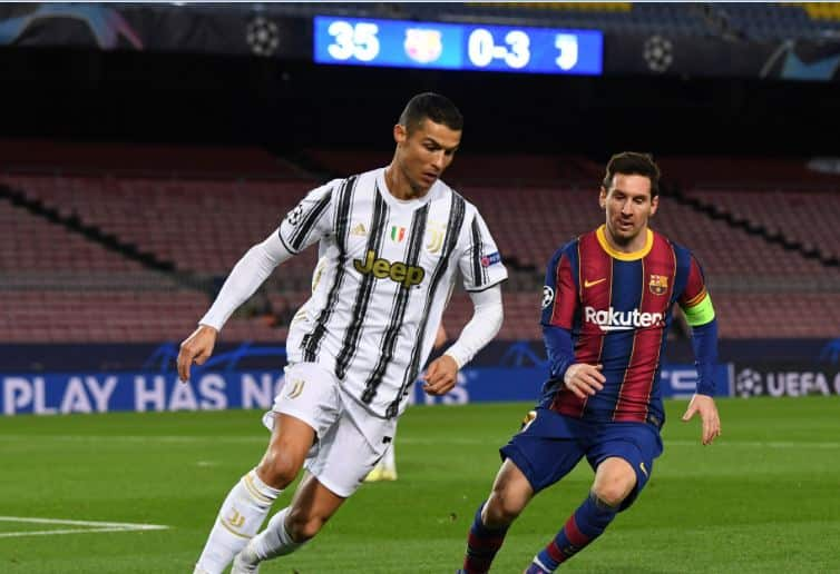 Lionel Messi and Ronaldo in action on the pitch