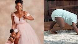 Singer Simi reacts as fans say she is pregnant after daughter Deja gave funny pose