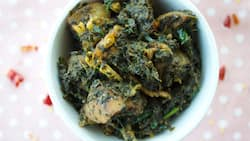 A wonderful recipe on how to prepare vegetable soup with ugu and waterleaf