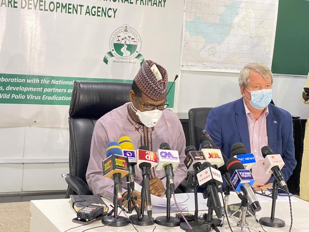 COVID 19: FG Announces Vaccination of 440,000 Health Workers