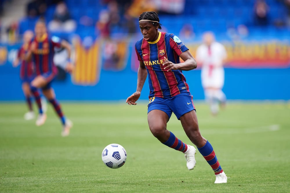 Excitement as Nigerian star helps Barcelona win 2nd Spanish League title