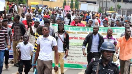 NAN protests over ASUU strike, threatens to vote against Buhari in 2019