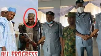 """Fact check: This is not image of """"repentant bandit"""" absolved as Customs officer"""